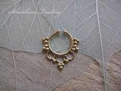 Hey, I found this really awesome Etsy listing at https://www.etsy.com/listing/211411870/fake-septum-ring-faux-septum-ring-brass
