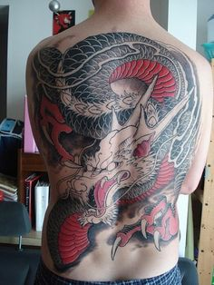 http://1.bp.blogspot.com/_U6rDVX8GcL8/TDieNb2BxaI/AAAAAAAADkY/QIO5z03hB_s/s1600/japanese-dragon-tattoos09.jpg