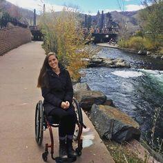 #wheelchairgirl #paraplegia #paralyzed #wheelchairlife #wheelchair #paraplegic #beautifullgirl #girl #beautifull Lady, Athlete, Beautiful Women, Wheelchairs, Instagram Posts, Image Search, Ms, Leggings, Beauty