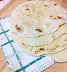 Tortillas con pasta madre in esubero