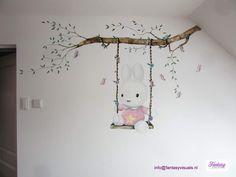 Muurschildering mural wallart Nijntje babykamer nursery meisje girl bunny kinderkamer baby lief roze pink inspiratie vlinders acryl acrylic