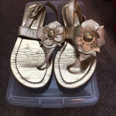 Franco Sarto Sandals Shoes are worn, gold button on both shoes is scratched, but still very cute! Leather upper Franco Sarto Shoes Sandals