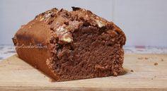 chec de post cu cacao și nuci Banana Bread, Vegetarian Recipes, Muffin, Breakfast, Desserts, Morning Coffee, Tailgate Desserts, Deserts, Muffins