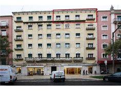 Lisboa, Avenida Guerra Junqueiro. Vendido em Março por 405 mil euros. 225m2 para recuperar. Vendido por Diogo Neto.