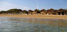 COCCARO Beach Club: la spiaggia - Servizi - MASSERIA TORRE COCCARO Hotel 5 stelle lusso in Puglia