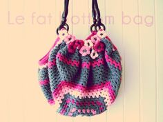 le_fat-bottom-bag. Pattern here: http://gosyo.shop.multilingualcart.com/free1.php Thanks for sharing! ¯\_(ツ)_/¯  ☀ CQ #crochet