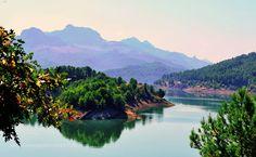 lake by YilmazKendirli #Landscapes #Landscapephotography #Nature #Travel #photography #pictureoftheday #photooftheday #photooftheweek #trending #trendingnow #picoftheday #picoftheweek