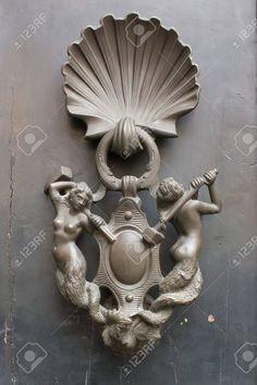 Porta battente, Italia, Roma, unico Archivio Fotografico - 11092679