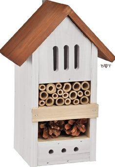 Angebot von BTV * mit Banderole * INSEKTENHOTEL MIT NEUEN FARBEN in toller Antik-Optik, nützlich für den biologischen Garten und das Auge! Geben Sie den Nützlingen in Ihrem Garten ein Zuhause mit dem TRENDIGEN INSEKTENHOTEL (in vielen verschiedenen Ausführungen erhältlich) Die Besiedler dieses Insektenhauses können einiges für Sie tun...SIE... - bestäuben Ihre Pflanzen und sorgen so für viele Früchte (z.B. im Obstgarten) - haben grossen Appetit und vernichten schädliche Insekten wie z.B…