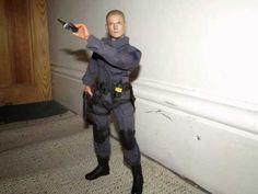 My 1/6 scale Custom Hot toys head sculpt Chris Redfield figure
