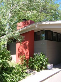 Arapahoe Acres is one of Denvers coolest neighborhoods. Frank Lloyd Wright was the inspiration behind these lovely ranch style homes.