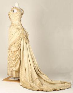 molena | бальные и вечерние платья 1880-1890 гг из коллекции Metropolitan Museum Dress (1880-82) Back Side View
