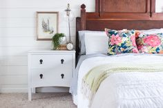 Farmhouse Night Stand with Free Plans - Shades of Blue Interiors