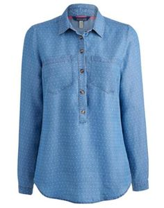 Joules Womens Soft Chambray Shirt, Chambray Spot.                     Easy to wear, light and versatile is how we describe this pop-over shirt.  In a soft washed chambray it's just right for summer breezes or when a little covering up is required.