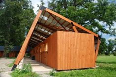 This horse riding (equestrian) stables (South America, Chile) project include saddle, cleaning rooms and offices. Architecture & photos: ...
