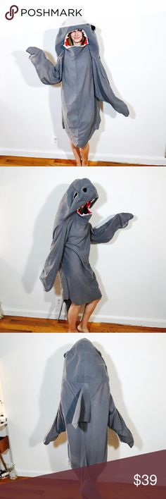 SHARK LEFT WEEK KATY PERRY COSTUME HALLOWEEN EUC, no issues. GRAY blue, SHIPS SAME DAY! Halloween Other