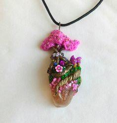 Guarda questo articolo nel mio negozio Etsy https://www.etsy.com/it/listing/527348018/collana-pink-fantasy-tree