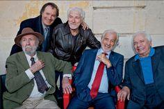 De g. à dr.: Jean-Pierre Marielle, Daniel Russo, Hugues Aufray, Jean-Paul Belmondo et Michel Galabru.