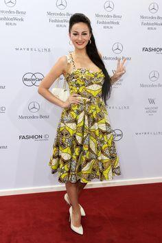 Pin for Later: Die Stars machen Berlin zum Mode-Mekka bei der Fashion Week Marla Blumenblatt bei der Schau von Lena Hoschek