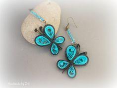 pendientes quilling  papel mariposas negro y azul de El rinconcito de Zivi por DaWanda.com