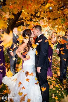 Fallling leaves and bride and groom ~ we ❤ this! moncheribridals.com