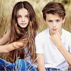 A photo uploaded by Meika Woollard - Actor, Extra and Model based in Victoria, Australia (Photo Sibling Photography Poses, Sibling Photo Shoots, Teenager Photography, Little Girl Photography, Children Photography, Young Cute Boys, Cute Teenage Boys, Cute Kids, Sister Poses