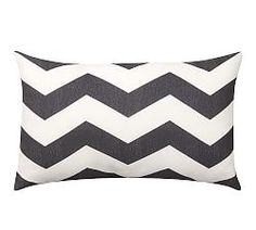 Outdoor Pillows & Cushions | Pottery Barn