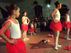 Dia Das Mães,na igreja apresentação da Manu,no Balé !!!!!!!!