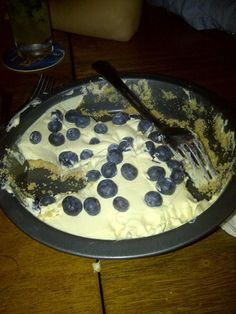 That's how a barbarian eat their CheeseCake !