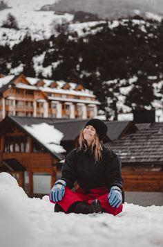 IDEAS PARA HACER FOTOS ORIGINALES EN TUS VACACIONES DE INVIERNO   Mary Wears Boots Snow, Outdoor, Ideas, Winter Holidays, Funny Photos, Outdoors, Outdoor Games, Outdoor Life, Thoughts