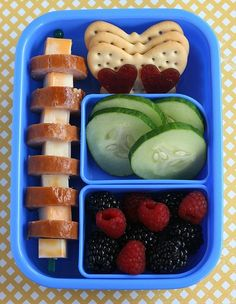 fun kid lunches - great idea all healthy but nice and 'picky' foods for little hands