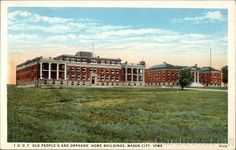 IOOF Old People's and orphans' home buildings, Mason City, Iowa. Photo from Card Cow