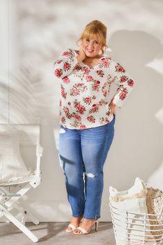 Maite Kelly, Mein Style, Curvy Fashion, Floral Tops, Shirts, Women, Fashion Styles, Love, Woman