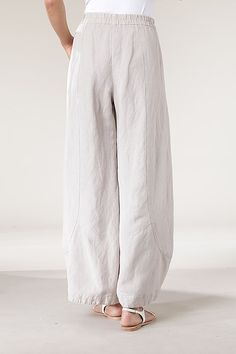 Order our Trousers Briony from our OSKA Spring/Summer 2013 collection today Fashion Pants, Fashion Outfits, Sweater Layering, Japanese Outfits, Clothes Crafts, Couture, Linen Dresses, Linen Pants, Clothing Patterns