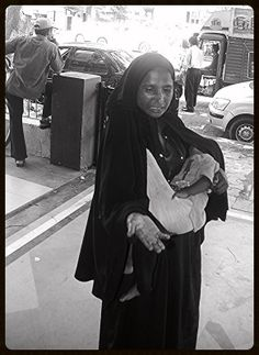 The Muslim Beggar Lady of Bandra Hill Road