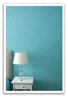 LOVE the simple oomph Amy added to her daugher's blue walls Lyons Johnson / She Wears Many Hats Paint Designs, Painting Designs On Walls, Painting Walls, Wall Decor, Room Decor, Home Upgrades, Paint Colors For Home, Wall Patterns, Little Girl Rooms