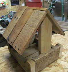 Pallet Wood Bird Feeder | 1001 Pallets ideas ! | Scoop.it