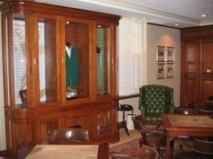 Augusta National Golf Course in Georgia used our leather to create a vintage appeal #augusta #national #golf #course #tiger #leather #chairs #interior #design #decor #furniture #attraction