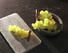 Guarda questo articolo nel mio negozio Etsy https://www.etsy.com/it/listing/498745548/bunches-of-grapes-112-scale-for