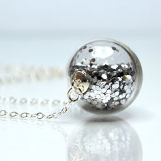 Silver glitter necklace round blown glass sterling silver