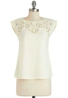 Lovely cut out detailing at neckline.