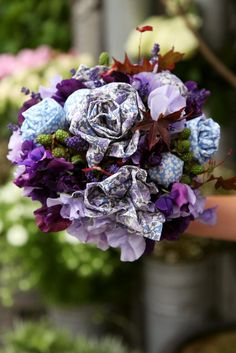 Material bouquet