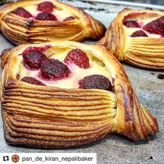 #Repost @pan_de_kiran_nepalibaker (@get_repost) @bakelikeapro  #croissants #pastry #pastrychef #danishpastry #layer #croissant #viennoiserie #pastryelite #pastrydelights #like #like4like #boulangerie #delistagrammer #osaka  #クロワッサン #ペストリー #おやつパン #あさごはん #コーヒー #菓子パン  #千里丘 #吹田 #北摂  #大阪のパン屋さん #北摂グルメ #大阪  #秋 #雨
