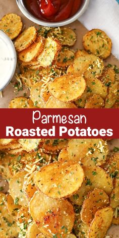 Dinner Side Dishes, Dinner Sides, Side Dishes Easy, Parmesan Roasted Potatoes, Roasted Potato Recipes, Easy Family Dinners, Best Food Ever, Vegetable Sides, Vegetarian Cheese