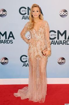 Carrie Underwood is stunning in her Ralph & Russo Couture gown.