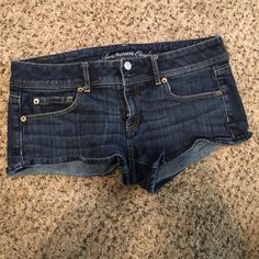 American eagle Jean shorts size 8 Great condition! Size 8 stretch American Eagle Outfitters Shorts Jean Shorts