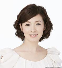 Japanese actress, Rei Dan (壇れい)