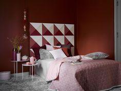 Herkullisia unia! Murretut punaiset sopivat hyvin makuuhuoneeseen. Kokeile vaikka Granaattiomenaa (M423) tai Nektaria (L418). Beautiful Bedrooms, Colorful Fashion, Curtains, Inspiration, Painting, Furniture, Home Decor, Style, Palette