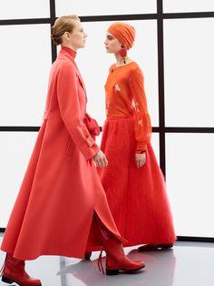 http://www.vogue.com/fashion-shows/pre-fall-2017/giorgio-armani/slideshow/collection