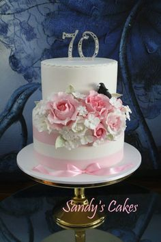 Pretty pink roses cake.